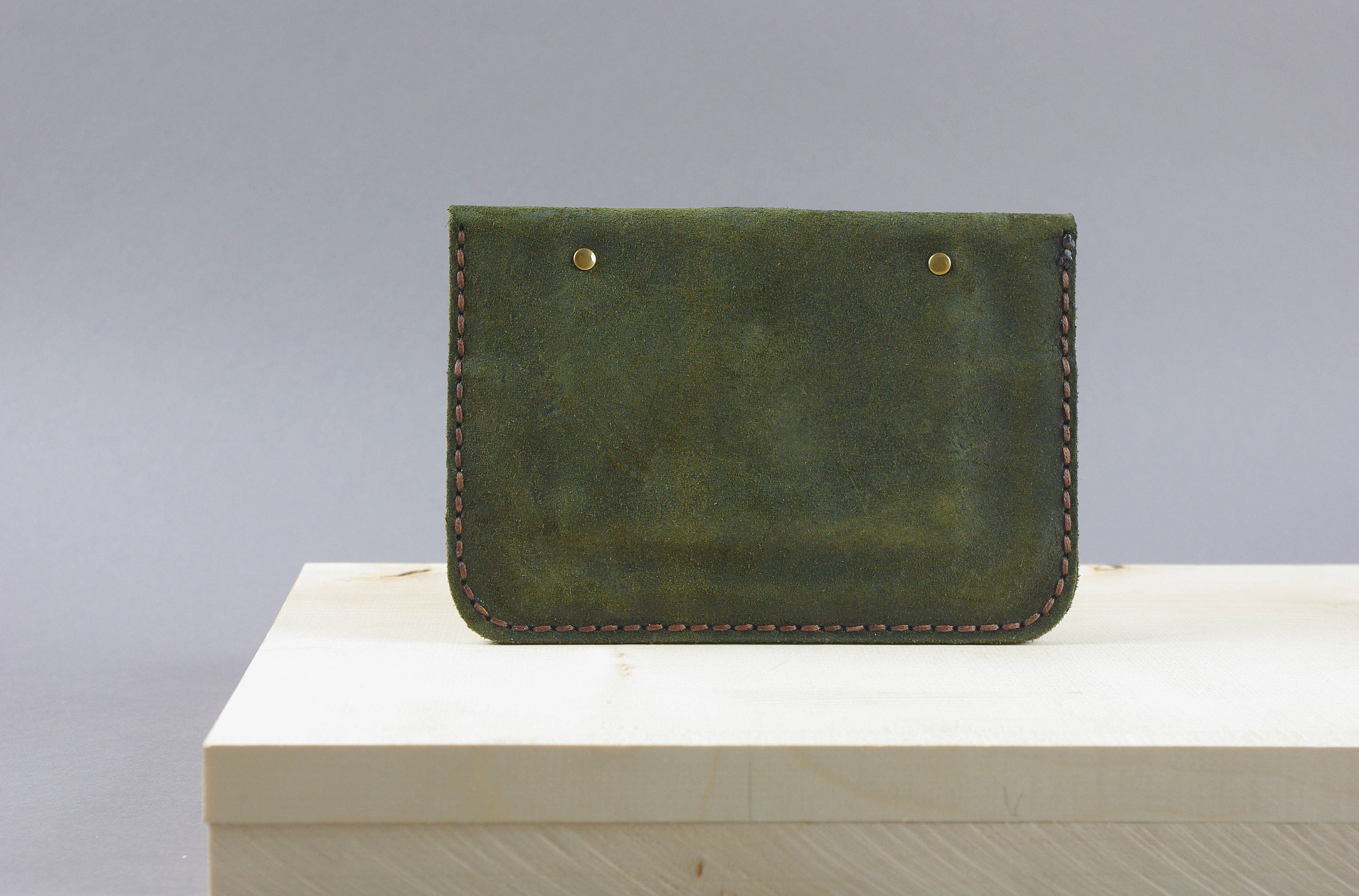 Punu Military Green Leather Purse