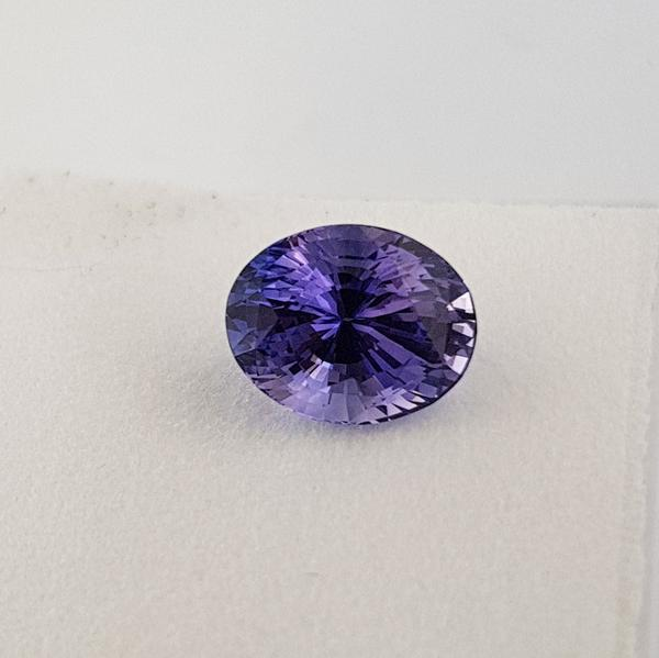 4.47ct Colour Change Cushion Cut Sapphire Certified Unheated 10.4x8.2mm