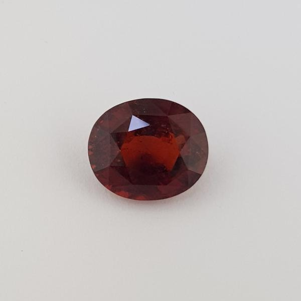 10.25ct Oval Faceted Hessonite Garnet 14.3x12.2mm - Dynagem