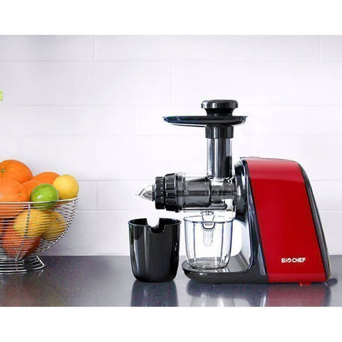 BioChef-Axis- Compact-Cold- Press-Juicer-JU-BC-AXC-AU-GY-lifestyle2