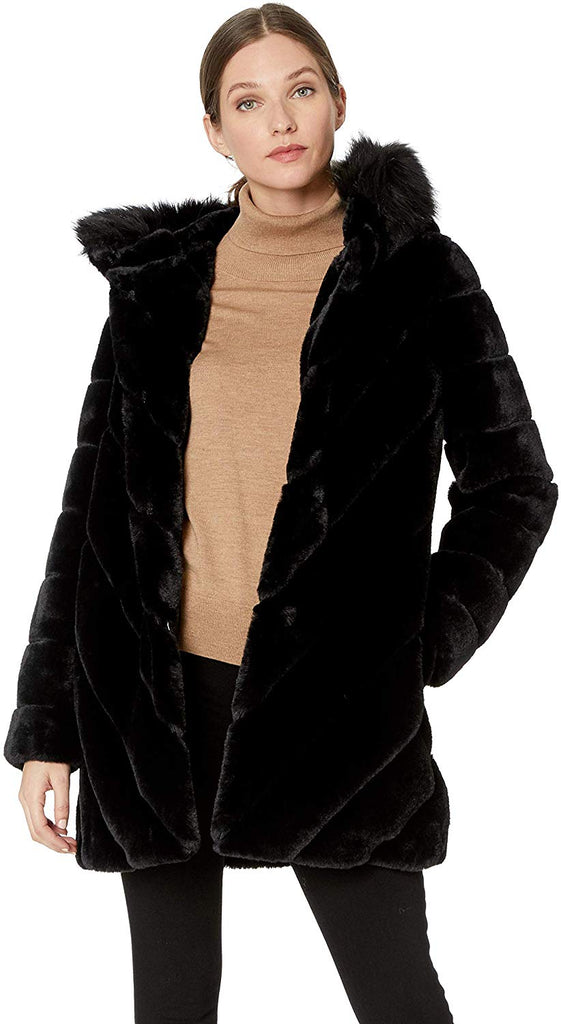 Women's Faux Fur Trimmed Collar and Diagonal Body Lines