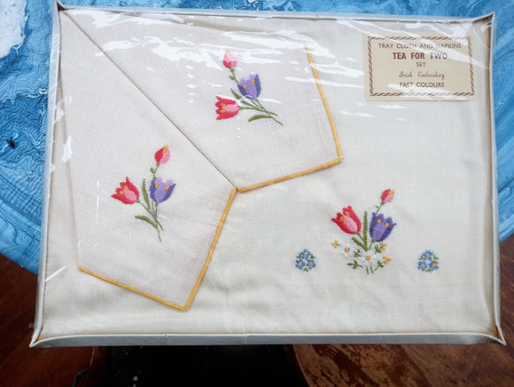 Irish Embroidered Linen Traycloth And Napkins