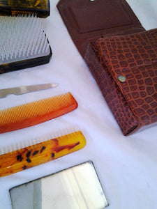 Retro Men's Grooming Set in Faux Crocodile Vinyl Case