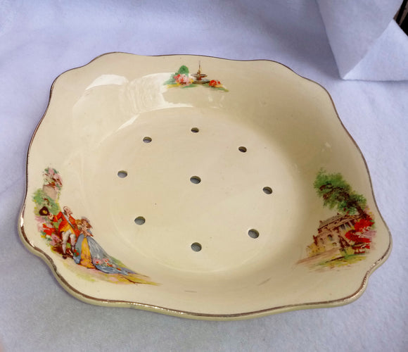 J & G Meakin Dubarry Sunshine  Colander Strawberry Dish