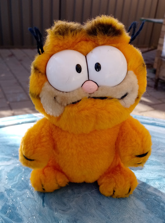 1990s Darkin Plush Garfield Cat