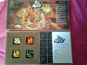 Board Game Sly - Six Strategy Games in One - Vintage - AMWAY