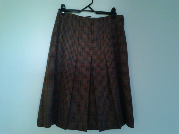 Vintage 100% Wool Ladies Skirt Fully Lined Size 18