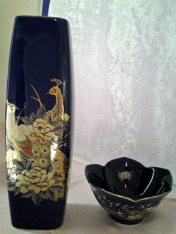 Blue Peacock Japanese Vase and Tulip Bowl