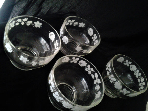 1950s  Gooseberry Glass Dessert Bowls Set of Four