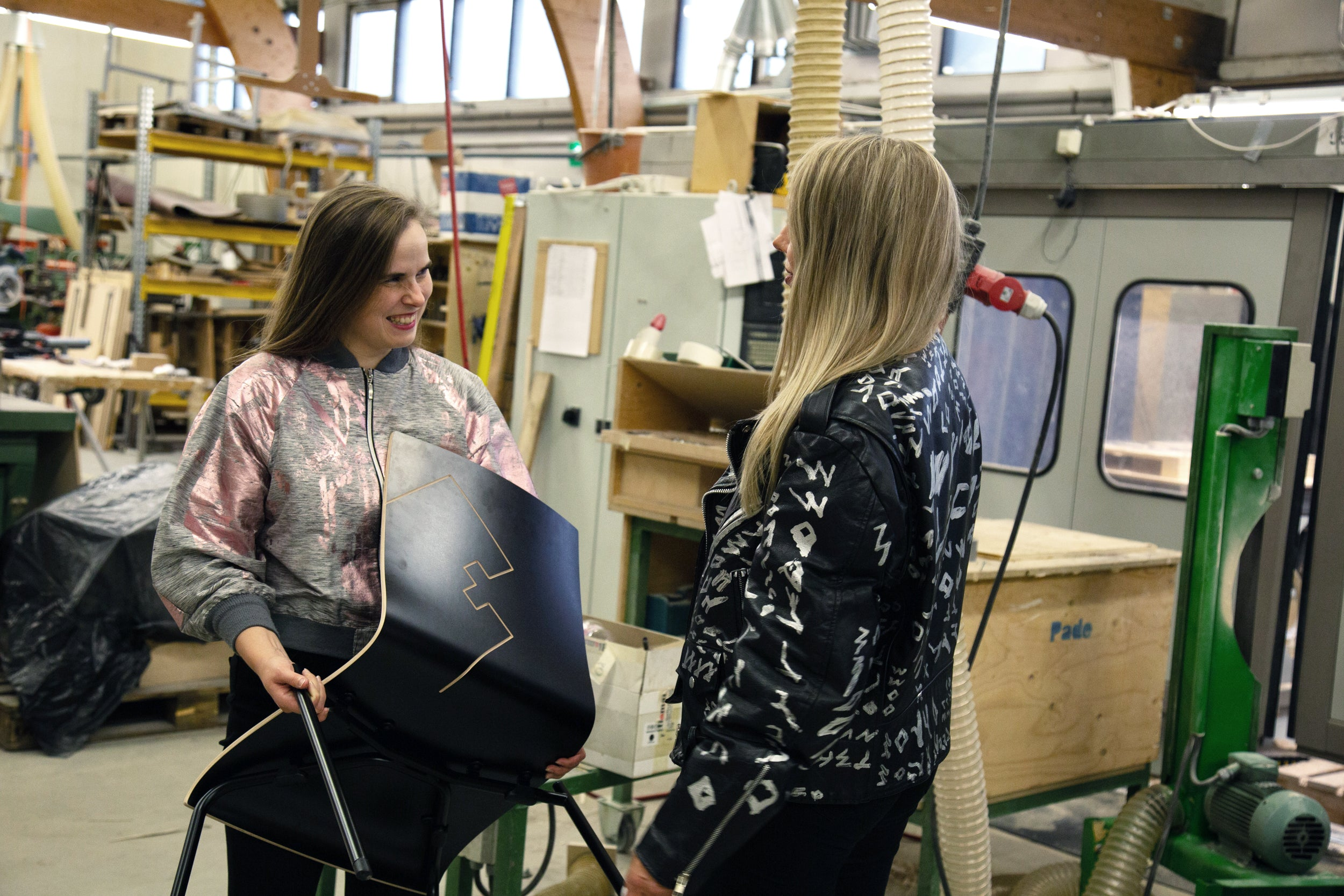 young finnish design offers design service for companies. we connect emerging designers from finland with companies. in the image young finnish designer kristoffer heikkinen ´s nuokku arm chair