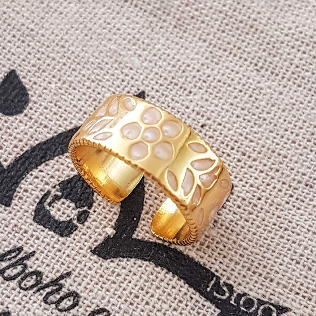 Gold Filigree Adjustable Mother of Pearl Flower Ring💛