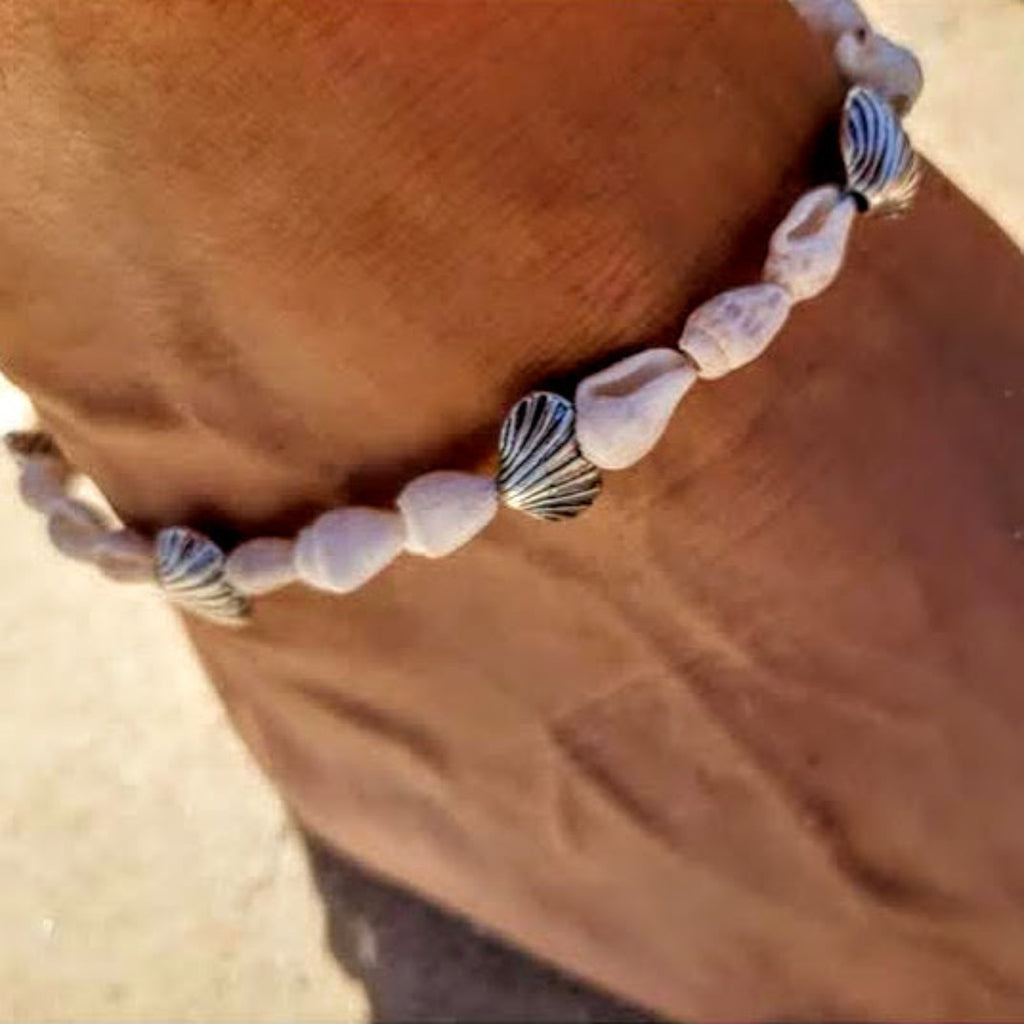 Silver Shell / White Shell Natural Anklet