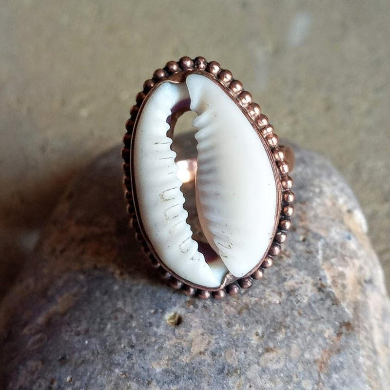 rose gold cowrie ring
