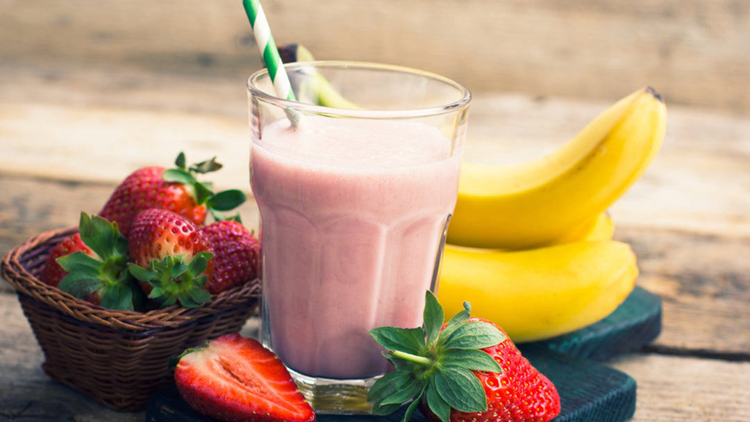 Strawberry Banana Shake: Your Go-To Nutrient Smoothie