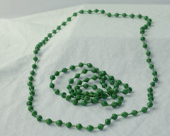 Long necklace - grass green
