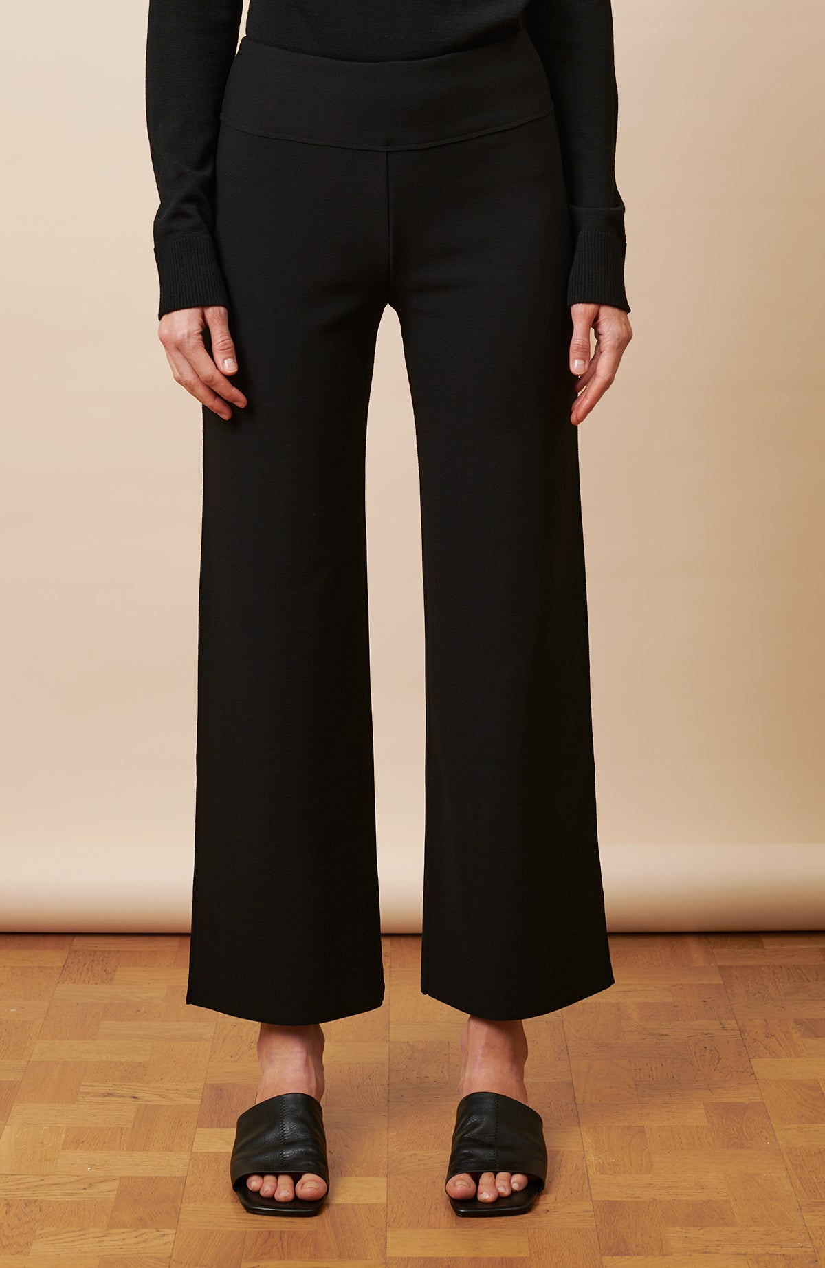 Angie Short Trousers