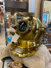 old fashioned diving helmet at Monterey antique mall seaside harmony