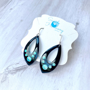 open black tear drop earrings with blue and seagreen bubbles