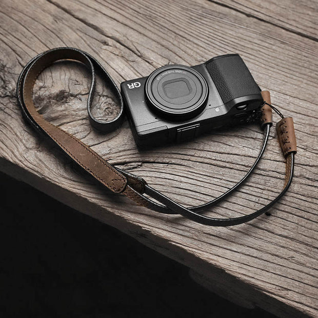 horse color leather camera strap