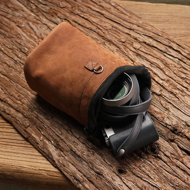 leather camera pouch Brown