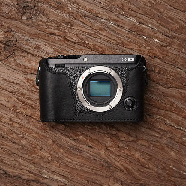 Leather camera half case for Fuji X-E3 Black