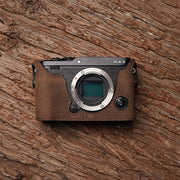 Leather camera half case for Fuji X-E3 Horse color