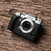 Half case in black colours for fuji X-T3