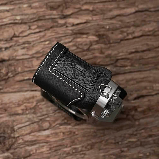 Black leather camera half case for Fuji X-T3