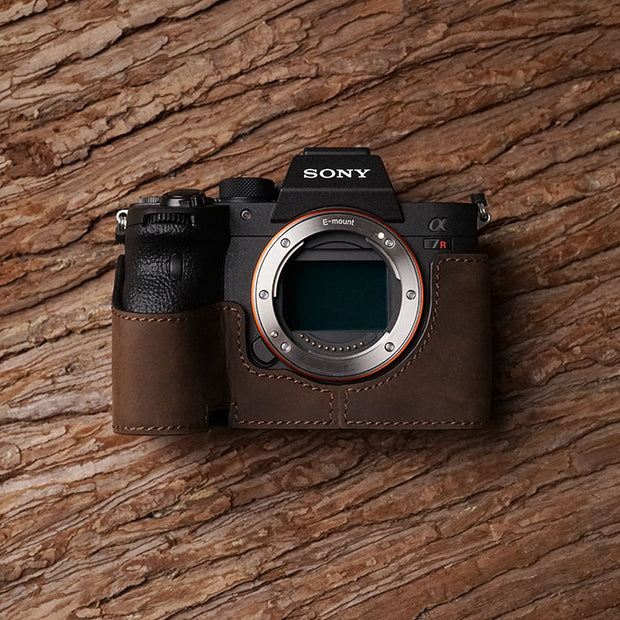 Leather camera half case <br>for Sony A7R IV Horse color