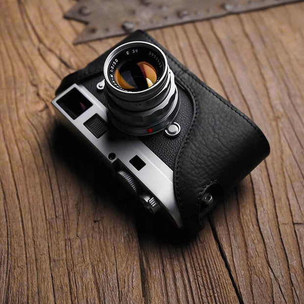 black half case for Leica M