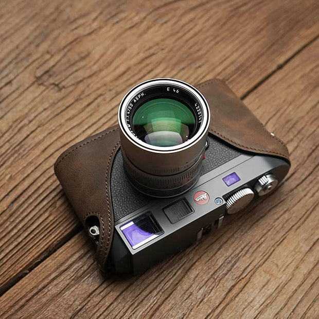 Leather half case for Leica M9