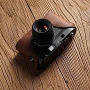 half case for Leica M9 in red brown