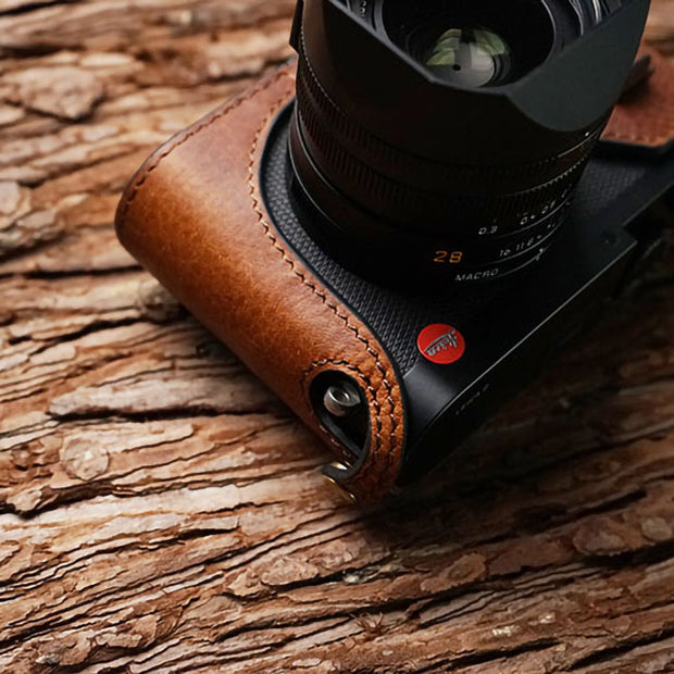 camera half case for Leica Q Red brown