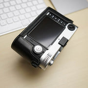 camera half case for Leica M