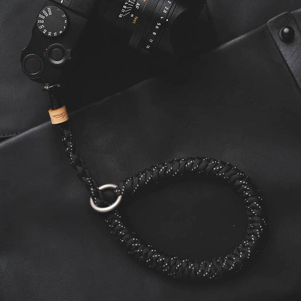 Paracord camera wrist strap Black