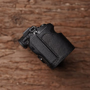 black camera half case for Sony A7RIII