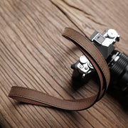 Sterly leather camera strap Horse color