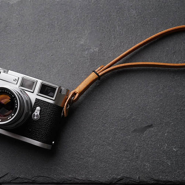 leather wrist strap Light coffee