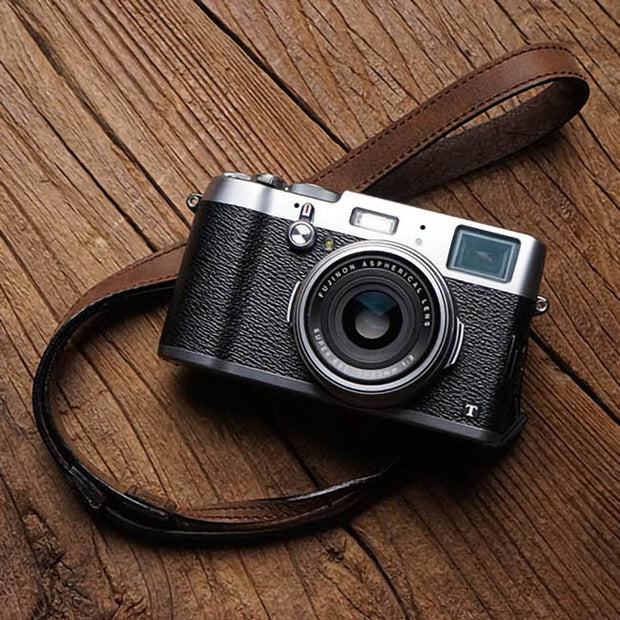 Velvo leather camera strap Horse color