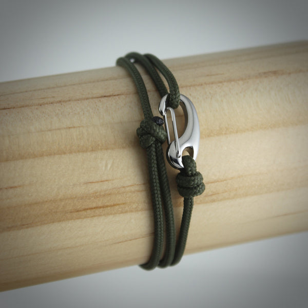 Urban Tactical Wrap Bracelet // Olive