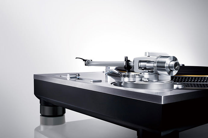 TECHNICS SL-1200G GRAND CLASS REFERENCE DIRECT DRIVE TURNTABLE