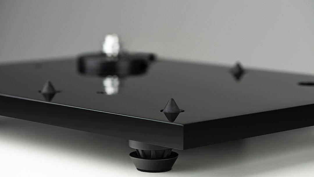 MUSIC HALL MMF3.3 SE BLK TURNTABLE