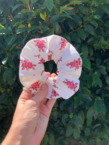 The Dainty Scrunchie