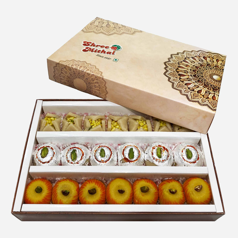 Pluto Assorted Sweets (450 Gms)