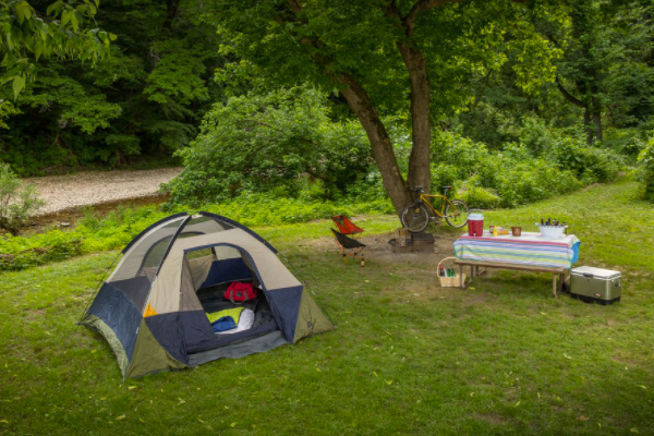 What should you pack when camping for the first time?