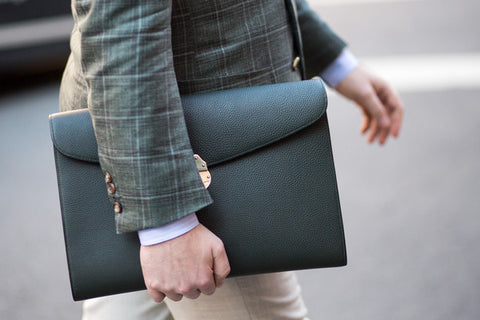 What style of briefcase?