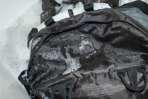 How to Wash Laptop Backpack by Hand Washing