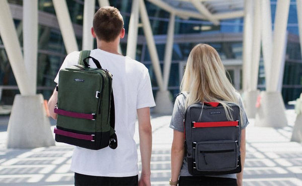 How to Wear a School Backpack?