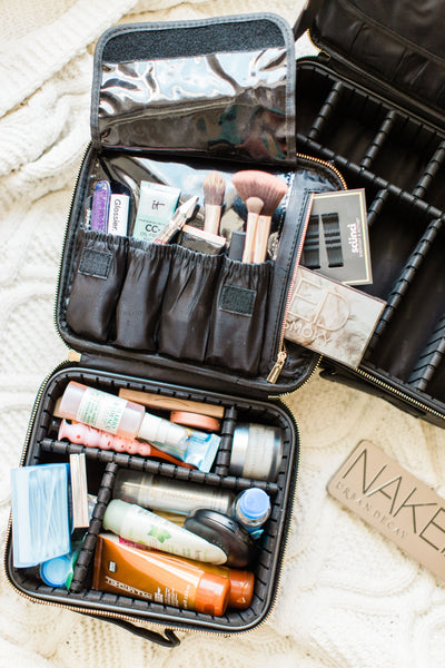 How to choose a best makeup case?