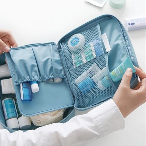 How to pack travel toiletry bag